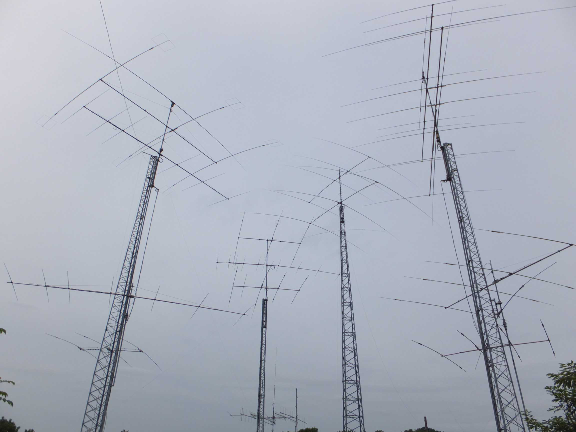 Ham radio glossary antenna farm in japan xflitez Image collections